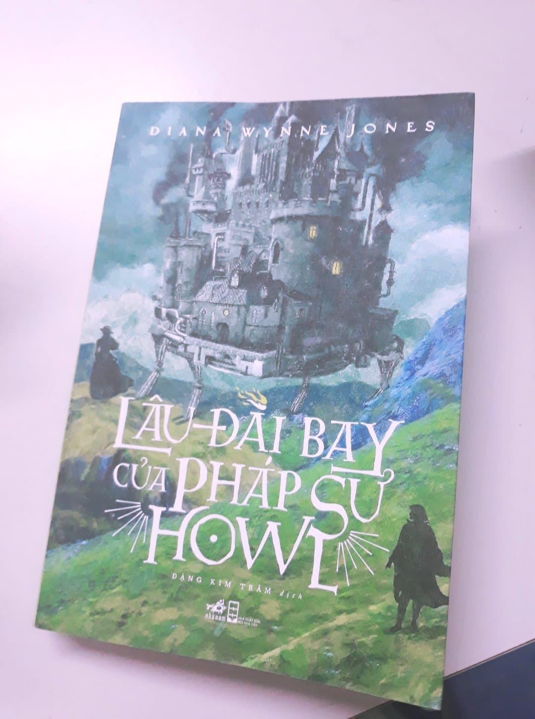lâu đài bay của pháp sư Howls - Howl's moving castle