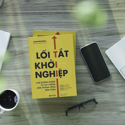 """Review sách """"Lối tắt khởi nghiệp"""" : Đi tắt trong kinh doanh để khởi nghiệp thành công 1"""